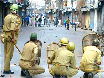 police-take-lalgarh
