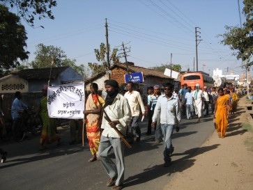 the-huge-march-starts-off-in-purulia5565