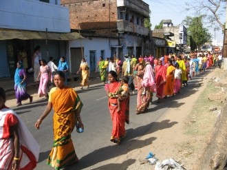 Women and children in the huge march in Purulia