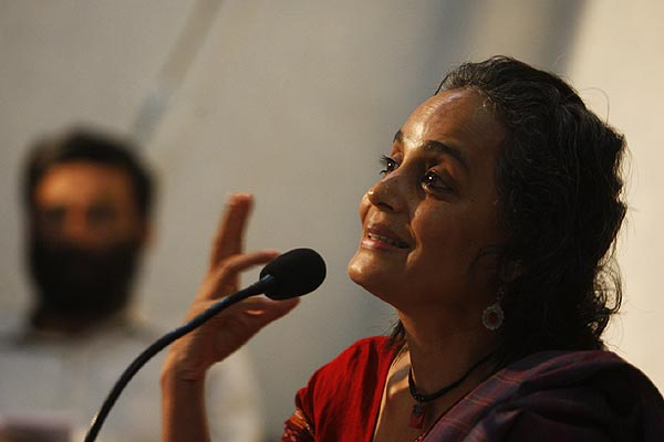 Arundhati Roy, a rights activist and Booker prize-winning novelist speaks at a press conference in New Delhi. Roy voiced her concerns about the government's proposed military offensive against Maoist rebels in the tribal-dominated areas.